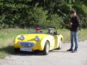 Rigmor og Jette i den gule frø.